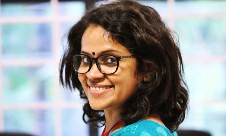 vidhu vincent, manhole, film director, iffk