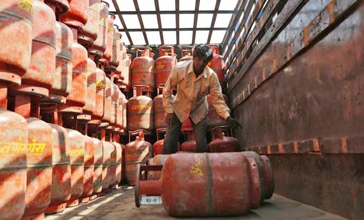 gas cylinder, gas price hike