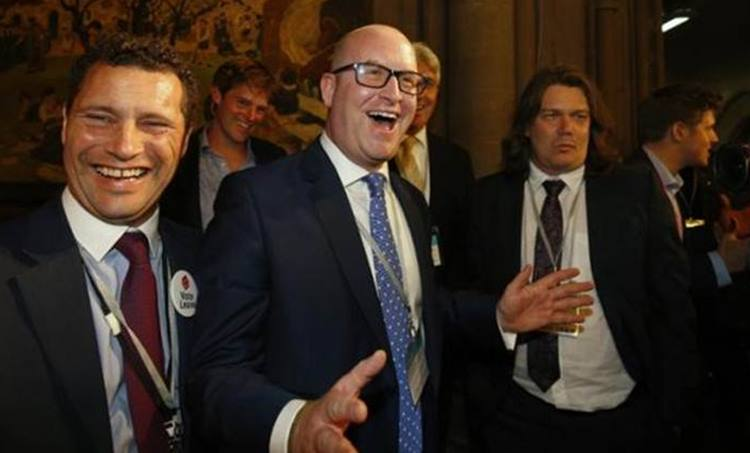 UKIP, Burqa, UK election, Manifesto, യുകെ, ബ്രിട്ടൻ, തിരഞ്ഞെടുപ്പ് വാഗ്ദാനം, ബുർഖ നിരോധിക്കും