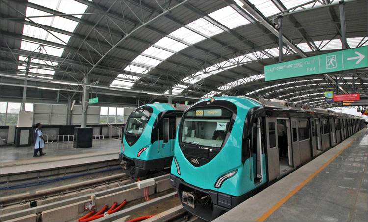 Kochi metro, കൊച്ചി മെട്രോ, kochi metro tickets, കൊച്ചി മെട്രോ ടിക്കറ്റ്, smart card, സ്മാർട് കാർഡ്