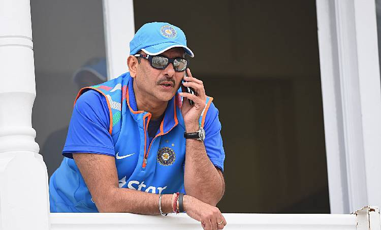 Ravi Shastri, Indian cricket team, രവി ശാസ്ത്രി, ഇന്ത്യൻ കോച്ച്, രാഹുൽ ദ്രാവിഡ്, ബാറ്റിംഗ് ഉപദേശകൻ, ബിസിസിഐ, BCCI, Head coach, Zaheer Khan, Cricket news, Indian team head coach, Indian Express