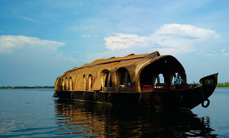 house boat, gst, kerala tourism,