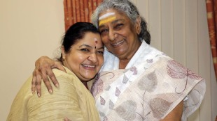 Singers S Janaki and K S Chithra