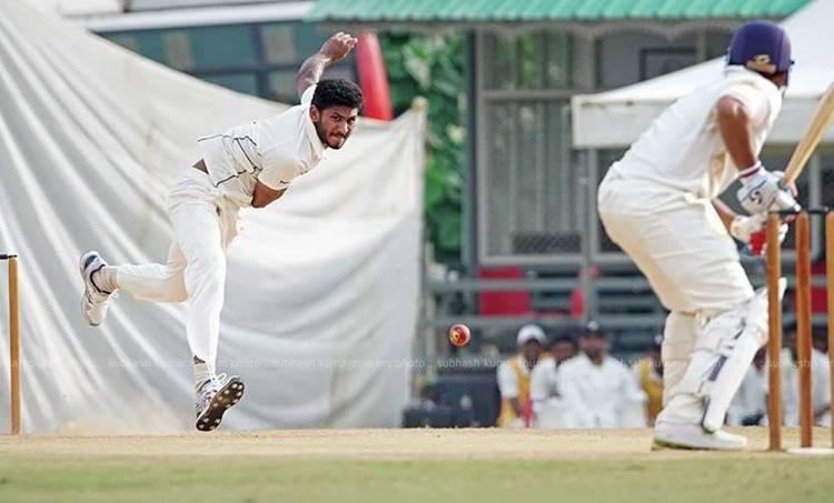 kerala vs tamilnadu, കേരള - തമിഴ്നാട്,ranji trophy,രഞ്ജി ട്രോഫി, day 2, ranji trophy day 2, ranjitrophy score,cricket, രണ്ടാം ദിനം, cricket buzz, ക്രിക്കറ്റ്, live cricket, ക്രിക്കറ്റ് ലൈവ്, cricket live score, ക്രിക്കറ്റ് ലൈവ് സ്കോർ, cricket live video, live cricket online, cricket news, ക്രിക്കറ്റ് മാച്ച്, sports malayalam, sports malayalam news, ക്രിക്കറ്റ് ന്യൂസ്, sports news cricket, iemalayalam, ഐഇമലയാളം sports cricket, സ്പോർട്സ് ന്യൂസ്, sports news, india cricket, ഇന്ത്യൻ ക്രിക്കറ്റ്, indian national cricket team, ഇന്ത്യൻ ക്രിക്കറ്റ് ടീം ക്യാപ്റ്റൻ, cricket sport, സ്പോർട്സ്, scorecard india, സ്പോർട്സ് വാർത്തകൾ, scoreboard,കായിക വാർത്തകൾ, indian express, ഇന്ത്യൻ എക്സ്പ്രസ്, indian express epaper, express sports, എക്സ്പ്രസ് സ്പോർട്സ്,