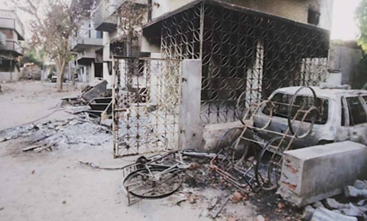 gujarat riots, ncert, anti muslim riots, godhra 2002, gujarat class 12 syllabus, hindu muslim riots gujarat, indian express
