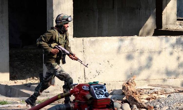 kashmir encounter, live updates, J&K, encounterm Hizbul Mujahideen, Shopian, Pulwama encounter, india news, indian express, indian army