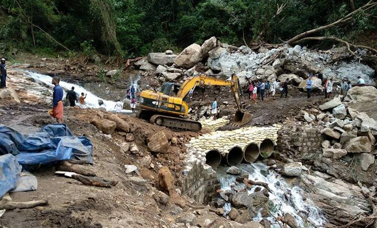 Kerala Floods, Kerala Rains, Kerala Flood and Rains, Palakkad Nelliyampathy Road