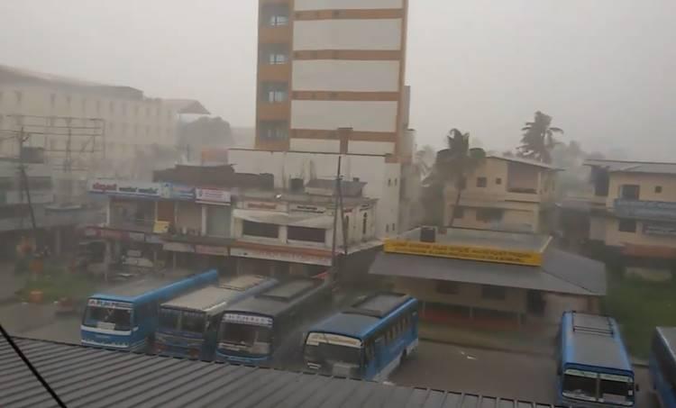 Kerala Weather Live, Kerala Weather Today ie malayalam