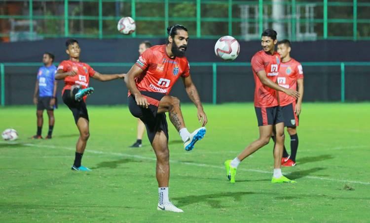 Sandesh jhingan leaves kerala blasters in ISL conformation from club