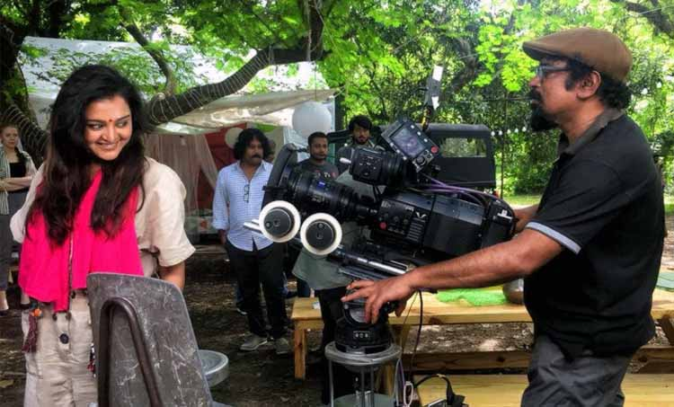 Santosh Sivan Manju Warrier Kalidas Jayaram Jack and Jill Location Photos
