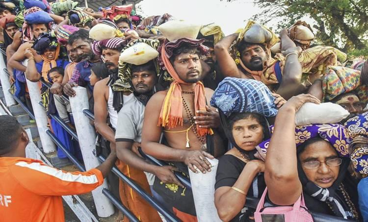 sabarimala, ശബരിമല യുവതി പ്രവേശനം, sabarimala women entry, ശബരിമല, സ്ത്രീ പ്രവേശനം, sabarimala protests, ശബരിമല പ്രതിഷേധം, sabarimala right wing protest, sabarimala verdict, lrd ayyappa, Pinarayi Vijayan, Hindu Aikya Vedi, india news ,iemalayalam, ഐ ഇ മലയാളം, today news, news india, latest news, breaking news,kerala news, kerala news malayalam, കേരള വാർത്തകൾ, kerala news today, kerala news headlines, kerala news live, latest malayalam news today,malayalam news, മലയാളം വാർത്തകൾ, malayalam news live, മലയാളം വാർത്തകൾ ലൈവ്, malayalam flash news, ഇന്നത്തെ വാർത്ത, malayalam news online, വാർത്ത ചാനൽ, malayalam flash news, malayalam news online, malayalam news kerala, malayalam news live stream, malayalam news papers,