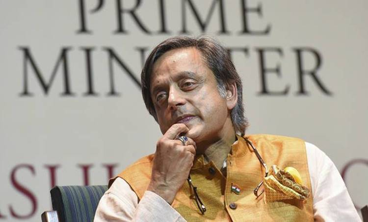 Shashi Tharoor, ശശി തരൂർ,Congress, കോണ്ഗ്രസ്,Rahul Gandhi,രാഹുല് ഗാന്ധി, Priyanka Gandhi, ie malayalam,