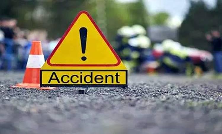 car accidnet,കാർ അപകടം, pala,പാലാ, kottayam pala,കോട്ടയം പാല, pala accident,പാല അപകടം, ie malayalam,ഐഇ മലയാളം