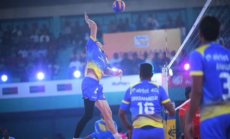 Kochi Blue Spikers vs Ahmedabad Defenders, കൊച്ചി ബ്ലൂ സ്പൈക്കേഴ്സ് vs അഹമ്മദാബാദ് ഡിഫൻഡേഴ്സ്, kochi vs Ahmedabad, pro volleyball league, pro volleyball league, pro volleyball league 2019, pro volleyball, pro volleyball 2019, pro volleyball league schedule, pro volleyball schedule 2019, ahmedabad defenders, chennai spartans, u mumba volley, black hawks hyderabad, volleyball news, indian sports news, indian sports, kochi blue spikers, calicut heroes