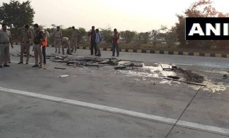 Accident, Yamuna Express Way