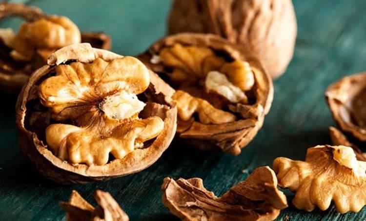 walnuts, breast cancer