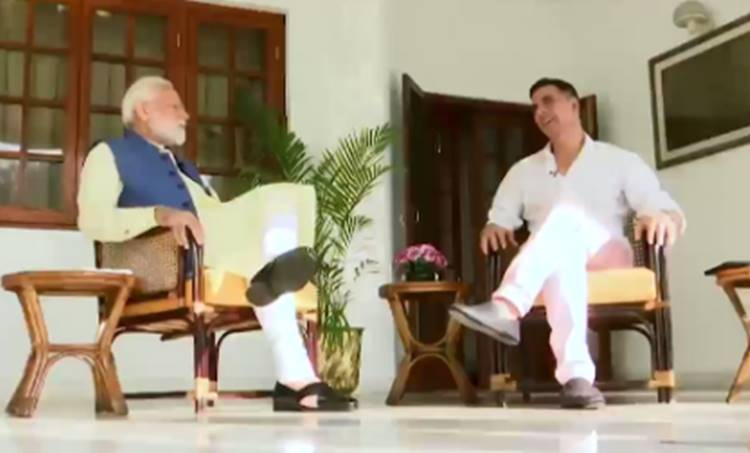 Narendra Modi, PM Narendra Modi, Akshay Kumar, iemalayalam