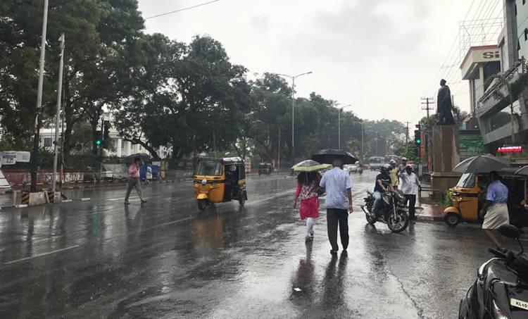 Kerala weather, കാലാവസ്ഥ, Kerala weather report, കേരളത്തിലെ കാലാവസ്ഥ, weather thiruvananthapuram, കാലാവസ്ഥ തിരുവനന്തപുരം, weather kochi, കാലാവസ്ഥ കൊച്ചി, weather palakkad, കാലാവസ്ഥ പാലക്കാട്, weather kozhikode, കാലാവസ്ഥ കോഴിക്കോട്, weather thrissur, കാലാവസ്ഥ തൃശൂർ, ie malayalam, ഐഇ മലയാളം