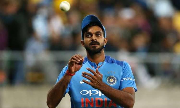 icc world cup 2019, indian team, vijay shankar, ambatti raydu, chief sector, വിജയ് ശങ്കർ, ലോകകപ്പ് ടീം, അമ്പാട്ടി റായ്ഡു, ഇന്ത്യൻ ടീം, വിരാട് കോഹ്ലി, India World Cup Team 2019: India Team Players List for ICC World Cup 2019, Indian Team Squad for World Cup 2019, India World Cup Team Players 2019