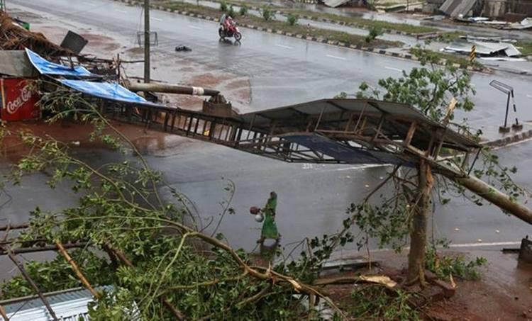 Cyclone Fani Live Update, Fani Cyclone Landfall Live