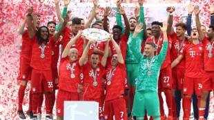 Bayern Munich,ബയേണ് മ്യൂണിക്, Arjen Robben,ആര്യന് റോബന്, Frank Ribery,ഫ്രാങ്ക് റിബറി, Robery,റോബറി, German Bunders Liga,ബൂണ്ടേഴ്സ് ലീഗ, ie malayalam,