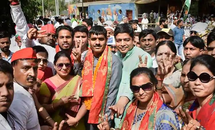 Tej Bahadur, Varanasi, Narendra Modi, SP BSP
