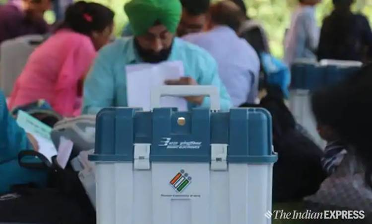 exit poll, എക്സിറ്റ് പോള്, exit poll results, എക്സിറ്റ് പോള് ഫലം,exit poll 2019,എക്സിറ്റ് പോള് 2019, election exit poll, lok sabha election, exit poll result, lok sabha election result 2019, election result 2019, exit poll 2019 india, exit poll result 2019 india, india exit poll result, bjp seats, congress seats, exit poll india, zee news, aaj tak, news 18, india today, india today live, zee news live
