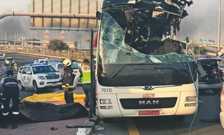 Dubai, Bus Accident, ദുബായ് ബസപകടം, Death, മരണം, keralites, മലയാളികള്, funerals, ശവസംസ്കാരം, calicut airport, കോഴിക്കോട് വിമാനത്താവളം