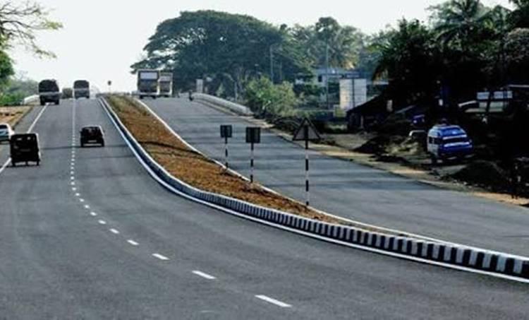 kerala, കേരളം, Roads, റോഡ്, highway, ദേശീയ പാത, nitin gadkari, നിതിന് ഗഡ്കരി, pinarayi vijayan, പിണറായി വിജയന്