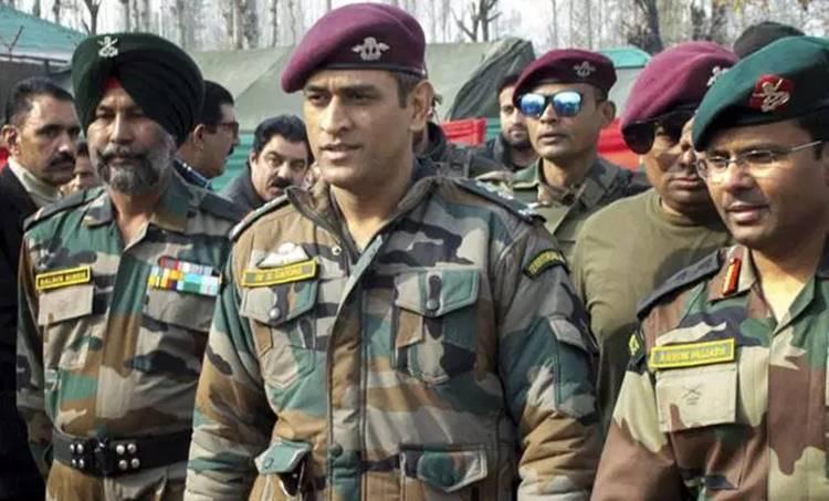 MS Dhoni, ധോണി, Army, സൈന്യം, kashmir, കശ്മീര്, patrolling, പട്രോളിങ്, cricket , ക്രിക്കറ്റ്, ie malayalam, ഐഇ മലയാളം
