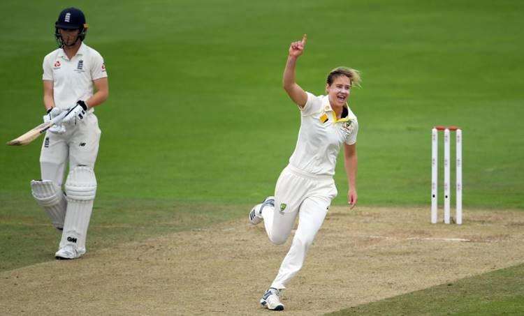 Women Cricket, വനിതാ ക്രിക്കറ്റ്,Women Ashes,വനിതാ ആഷസ്, Ellyse Perry,എല്ലിസ് പെരി, ENG vs AUS, Ellys Perry Century,എല്ലിസ് പെരി സെഞ്ചുറി, ie malayalam,