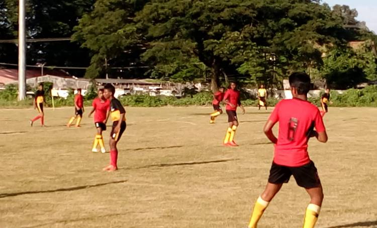 State sub junior boys football championship, Thiruvananthapuram, semifinal, സബ്ജൂനിയർ ഫുട്ബോൾ, തിരുവനന്തപുരം, സെമിയിൽ, കോഴിക്കോട്, പാലക്കാട്, football, ie malayalam, ഐഇ മലയാളം