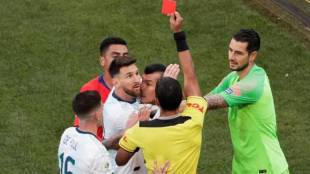 messi,lionel messi, മെസി, Copa America 2019, കോപ്പ അമേരിക്ക, Lionel Messi, ലയണൽ മോസി, Brazil Copa America Argentina BEAT Chile Red card for Messi, ie malayalam, ഐഇ മലയാളം