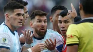 Copa America 2019, കോപ്പ അമേരിക്ക, Lionel Messi, ലയണൽ മോസി, Brazil Copa America Argentina BEAT Chile Red card for Messi, ie malayalam, ഐഇ മലയാളം