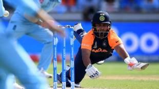rishabh pant, ഋഷഭ് പന്ത്,kedar jadhav,കേദാർ ജാദവ്, indian cricket team, team india,ടീം ഇന്ത്യ, world cup 2019, ie malayalam,