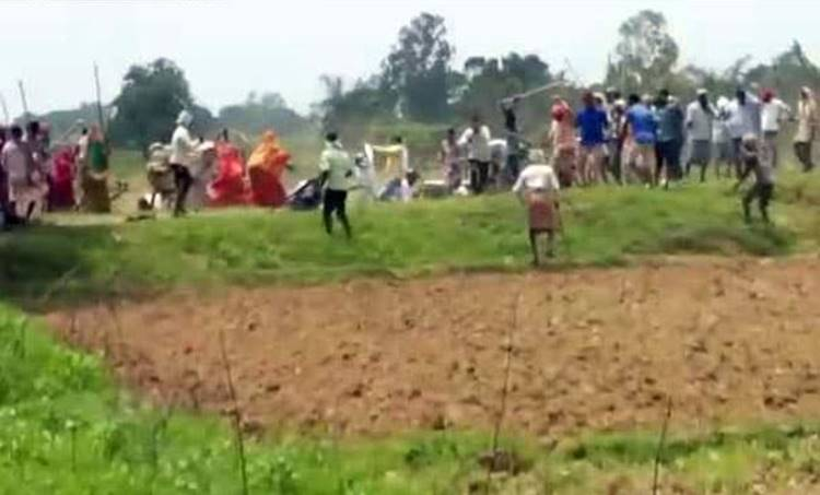 Uttar Pradesh,ഉത്തര്പ്രദേശ്, Attack, ആക്രമണം, sonbhadra firing, സോന്ഭദ്ര വെടിവെപ്പ്, murder കൊലപാതകം