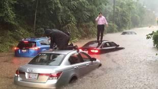 America, അമേരിക്ക, Flood, വെളളപ്പൊക്കം, rain, മഴ, rescue രക്ഷാപ്രവര്ത്തനം