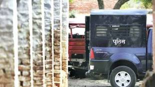MP tribals assaults, മധ്യപ്രദേശിൽ ആദിവാസി യുവാക്കൾക്ക് നേരെ ആക്രമണം, Madhya Pradesh police tribal assault case, ആദിവാസി യുവാക്കളെ പൊലീസ് ആക്രമിച്ചു, MP police assualt case, Madhya Pradesh tribals, Indian Express, iemalayalam, ഐഇ മലയാളം