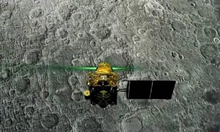 chandrayaan 2, ചന്ദ്രയാൻ 2, orbitor, ഓർബിറ്റർ, chandrayaan 2 landing, chandrayaan 2 moon landing, chandrayaan 2 landing live, chandrayaan 2 live streaming, chandrayaan 2 moon landing live telecast, chandrayaan 2 landing live, live chandrayaan 2, national geographic chandrayaan 2 live, national geographic chandrayaan 2 live,ചന്ദ്രയാൻ 2, വിക്രം ലാൻഡർ സിഗ്നൽ നഷ്ടപ്പെട്ടു, chandrayaan 2 hotstar, ചന്ദ്രയാൻ 2 ഇന്ത്യ hotstar chandryaan 2 live, chandrayaan 2 live news