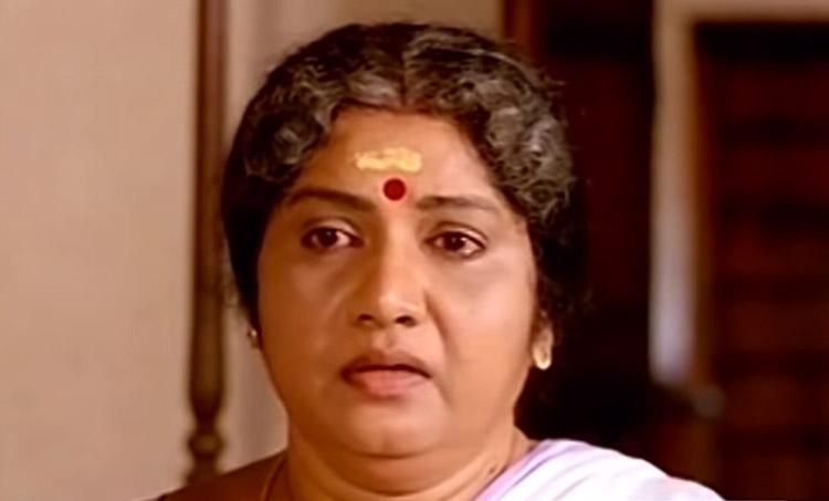 Meena, Malayalam Actress Meena, മീന, Remembering versatile actor Meena, Meena 22nd death Anniversary, Meena films, Meena meme, meleparambil aanveedu meme, yodha meme, Meena photos