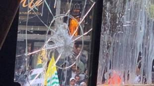 Kashmir protests, കശ്മീർ പ്രതിഷേധങ്ങൾ, Kashmir article 370 protests, കശ്മീർ ആർട്ടിക്കിൾ 370 പ്രതിഷേധം, Jammu and Kashmir news, indian High Commission London, IHC London protests, indian High Commission London protests, iemalayalam, ഐഇ മലയാളം