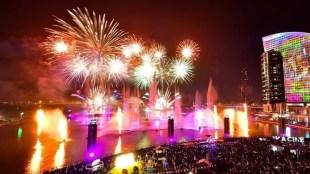 Diwali,Deepavali,ദീപാവലി,Diwali festival,ദീപാവലി ആഘോഷം, Diwali festival in Dubai, Dubai Police band plays Indian national anthem, ഇന്ത്യൻ ദേശീയഗാനം ആലപിച്ച് ദുബായ് പോലീസ് ബാന്ഡ് സംഘം,Indian national anthem, ഇന്ത്യൻ ദേശീയഗാനം, 'Jana Gana Mana', ജനഗണമന,IE Malayalam, ഐഇ മലയാളം