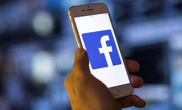 facebook, ഫെയ്സ് ബുക്ക്, twitter, ട്വിറ്റർ, whataap, വാട്സ് ആപ്പ്,facebook aadhaar linking, ഫെയ്സ് ബുക്ക് ആധാർ ലിങ്കിങ്,social media aadhaar linking, സോഷ്യല് മീഡിയആധാർ ലിങ്കിങ്,supreme court aadhaar linking,ഫെയ്സ് ബുക്ക് ആധാർ ലിങ്കിങ് സംബന്ധിച്ച് സുപ്രീംകോടതി,supreme court aadhaar social media case,സോഷ്യല് മീഡിയ കേസ്,social media rules, new social media rules,സോഷ്യല് മീഡിയ ദുരുപയോഗം പരിശോധിക്കൽ, ie malayalam, ഐഇ മലയാളം