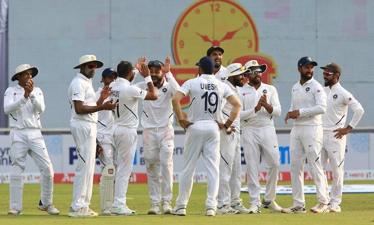 India vs South Africa, ഇന്ത്യ - ദക്ഷിണാഫ്രിക്ക, day 2, Virat Kohli Test Century, വിരാട് കോഹ്ലിക്ക് സെഞ്ചുറി, Virat Kohli 26th Test Century, 26 -ാം ടെസ്റ്റ് സെഞ്ചുറി വിരാട് കോഹ്ലി, Indian Cricket Team, India vs South Africa Test , ഇന്ത്യ ദക്ഷിണാഫ്രിക്ക രണ്ടാം ടെസ്റ്റ്, IE Malayalam, ഐഇ മലയാളം