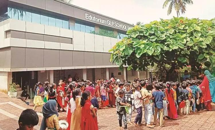 malappuram school, kerala malappuram school, മലപ്പുറം പൂക്കാട്ടൂർ ഗവൺമെന്റ് എൽ പി സ്കൂൾ, kerala education, indian express, kerala news