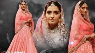 Sonam Kapoor, സോനം കപൂർ, Sonam Kapoor photos, Sonam Kapoor latest photos , designer abhinav mishra, fashion, lifestyle, indian express malayalam, sonam kapoor fashion showstopper, ssonam kapoor films, ഇന്ത്യൻ എക്സ്പ്രസ് മലയാളം