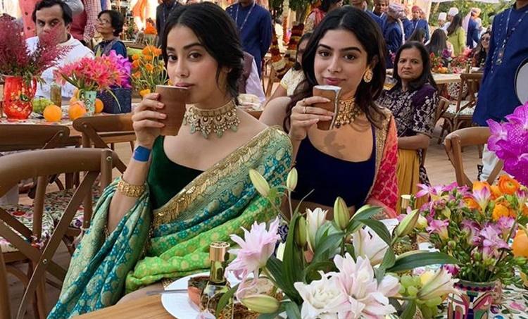 Janhvi Kapoor, Khushi Kapoor, ജാൻവി കപൂർ, ഖുഷി കപൂർ, Sridevi, ശ്രീദേവി, Janhvi Kapoor photos, Khushi Kapoor
