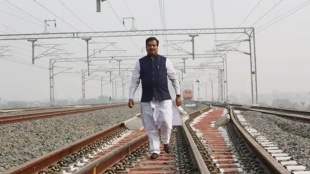 Suresh Angadi,സുരേഷ് അന്ഗാദി, Suresh Angadi on economy, സമ്പദ് വ്യവസ്ഥയെക്കുറിച്ച്സുരേഷ് അന്ഗാദി,Suresh Angadi on economic distress, Railway minister Suresh Angadi, റെയില്വേ മന്ത്രി സുരേഷ് അന്ഗാദി, Railway minister, റെയില്വേ മന്ത്രി Indian railway, ഇന്ത്യൻ റെയില്വേ, Indian economy, ഇന്ത്യൻ സമ്പദ് വ്യവസ്ഥ, IE Malayalam, ഐഇ മലയാളം