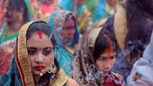 Delhi Pollution, വായു മലിനീകരണം, Yamuna, യമുന, Chhath Puja, ഛഠ് പൂജ, ie malayalam, ഐഇ മലയാളം
