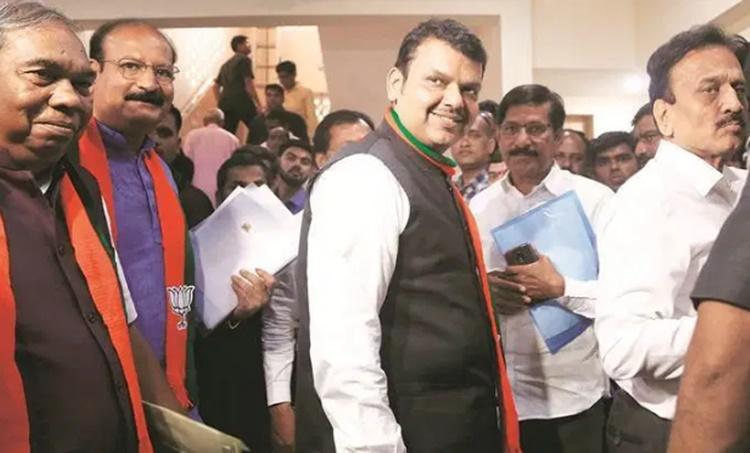 devendra fadnavis, ദേവേന്ദ്ര ഫഡ്നാവിസ്, devendra fadnavis maharashtra chief minister, maharashtra govt formation, iemalayalam